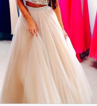 tulle skirt big long floor length princess poofy puffy sherri hill girl help! where to get this wedding dress