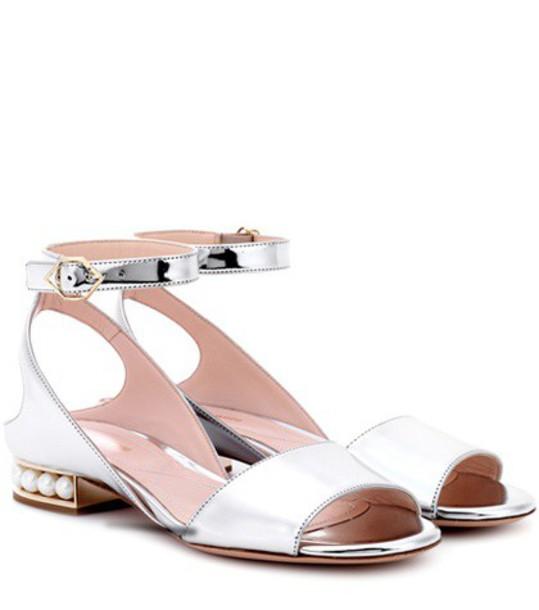 Nicholas Kirkwood metallic pearl sandals silver shoes