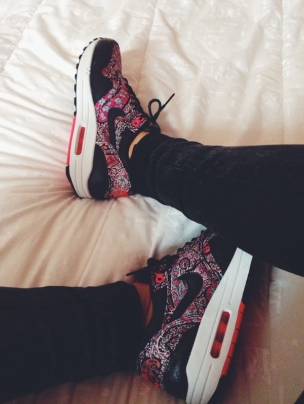 shoes air max floral swag summer pastel hipster pastel pink