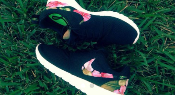 shoes hawaiian nike
