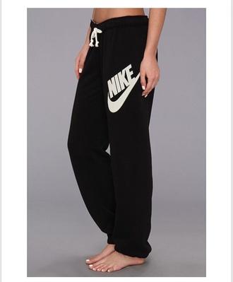pants nike pants nike sweatpants nike black white black and white sweatpants lazy day nike swoosh sweatpants