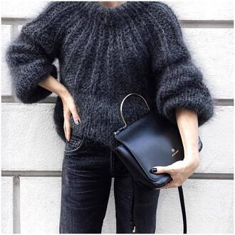 sweater tumblr grey sweater fuzzy sweater cozy cozy sweater knit knitted sweater bag black bag denim jeans blue jeans