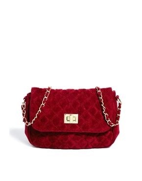 oxblood quilted velvet chain strap purse $35 | holiday outfits & wint…