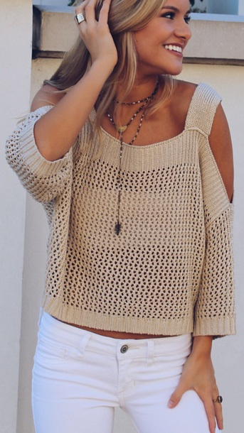sweater creme cut-out