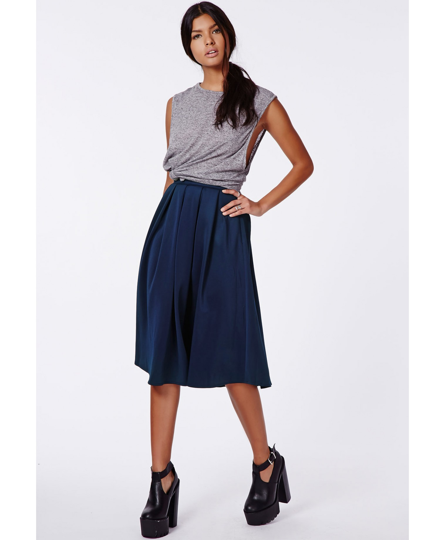 Auberta Pleated Midi Skirt Navy