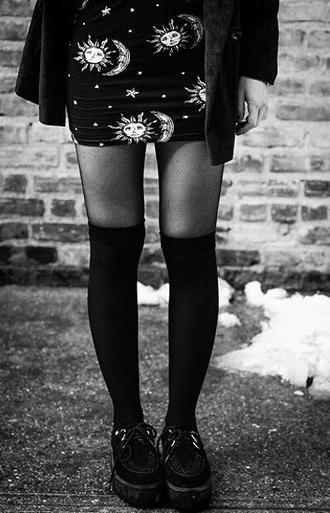 skirt sun moon moon and sun hipster grunge goth pastel goth hipster grunge dark skirt dark wit chu witch fab creepers knee high socks kawaii shoes tights