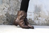 shoes,mid shaft boots,fernweh mid shaft boots,boots,women's boots,otbt shoes,footwear,fashion,womens fashion