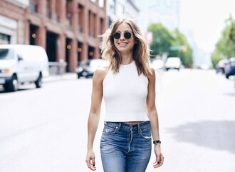 the august diaries blogger sweater top jeans