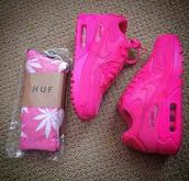 shoes,socks,huff socks,huf,hot pink shoe,hot pink air max,hot pink shoes,nike air max 90,huf socks,air max