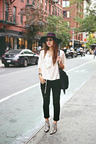 blouse hat blogger bag color me nana jeans
