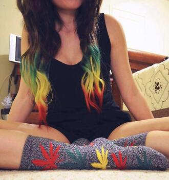 jewels hair huff socks rasta bob marley tumblr
