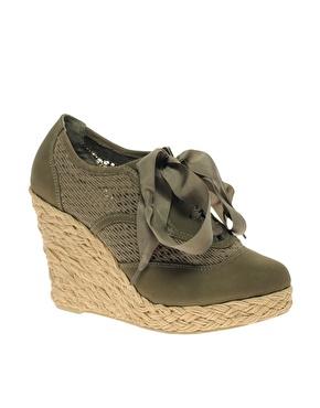Chaussures compensã©es ã lacets chez asos