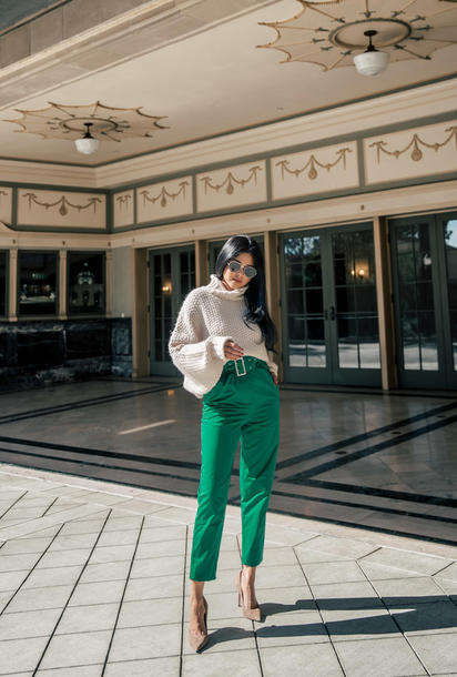 pants tumblr green pants cropped pants sweater knit knitwear knitted sweater pumps sunglasses turtleneck turtleneck sweater