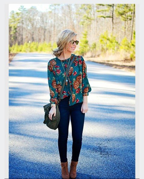 fall outfits floral shirt