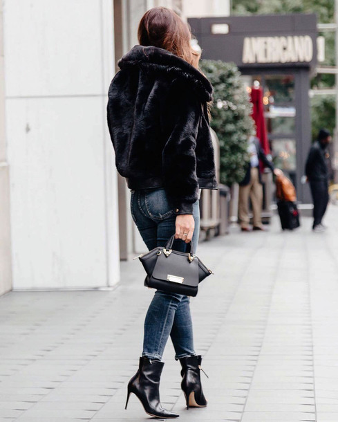 jacket tumblr black jacket fur jacket faux fur jacket denim jeans blue jeans boots black boots ankle boots bag black bag
