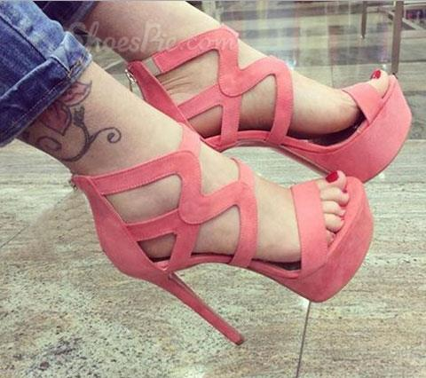 Graceful Solid Color Cut-Outs Cloth Dress Sandals