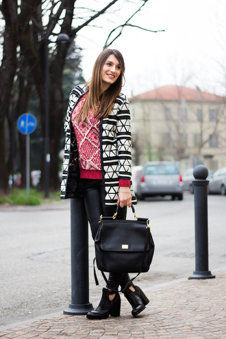 style and trouble blogger sweater jacket shoes bag pants