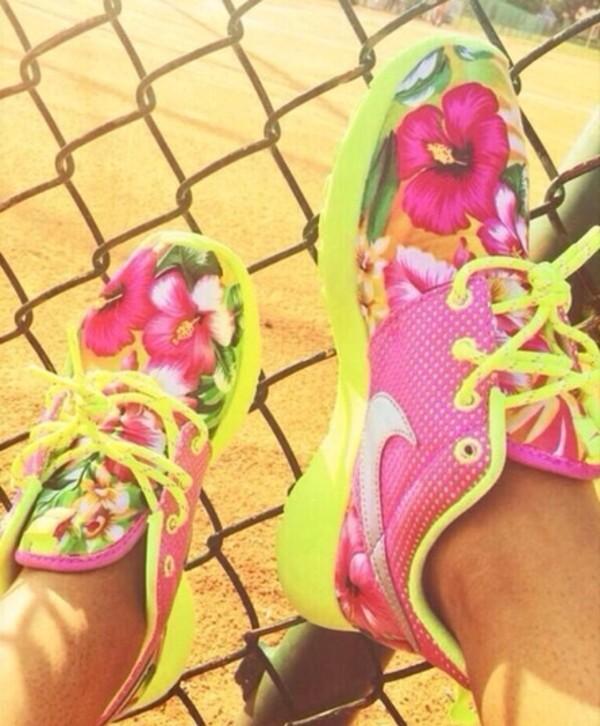 shoes nike roshe run nikes roshe runs neon nike roshe run
