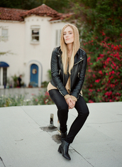 eat sleep wear,blogger,perfecto,skinny jeans,black jeans,sweater,jacket,jeans,shoes