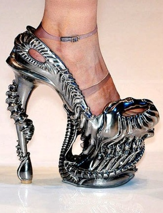 shoes alexander mcqueen metallic shoes platform high heels extravagant