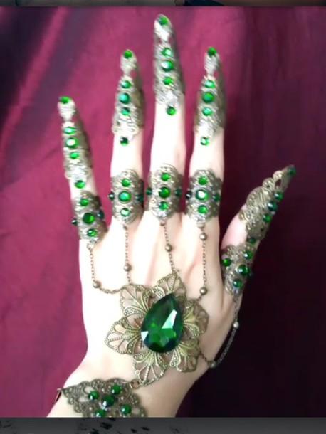 jewels green bracelet chains