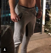 pants,joggers,grey sweatpants,sweatpants,menswear,athleisure,grey