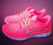 shoes,nike,sneakers,running shoes,pink
