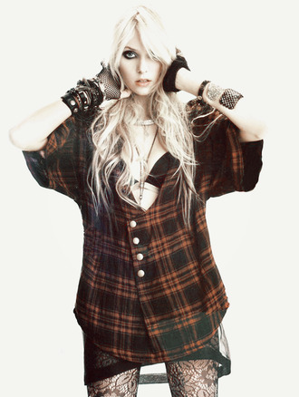 blouse plaid rock taylor momsen the pretty reckless red black tights shirt