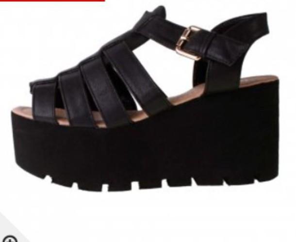 shoes black prettylittlething bebo bebo shoes leather wedges wedges sandals shoebou misspap bankfashion