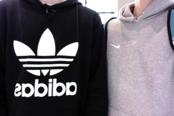 pullover nike oder adidas