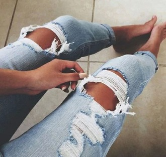jeans light blue jeans rippes ripped jeans boyfriend jeans light blue boyfriend jeans