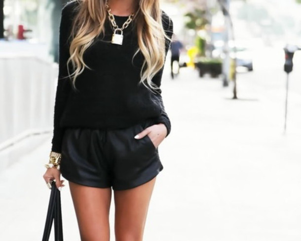 shorts black sweater jewels pullover necklace