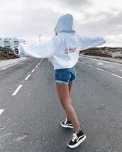 hoodie,grey hoodie,sweater