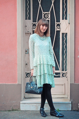 summer crush blogger dress bag shoes aqua ruffle oxfords jewels tights