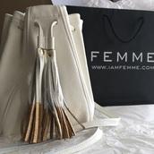 bag,purse,fringes,fringed bag,bucket bag,white bag
