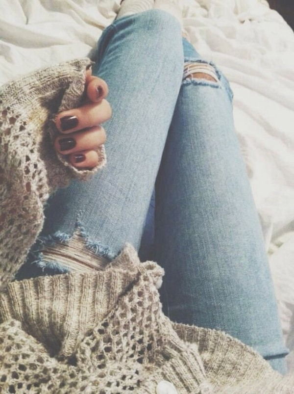 sweater jeans cute sweaters oversized sweater skinny jeans pants ripped blue ripped jeans blue jeans