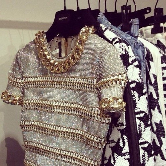blouse chain shirt embroidered top embellished short sleeve fashion fabulous t-shirt gold chain gold cool elegant chains, chain shirt, gray, gormet, fashion , gray shirt