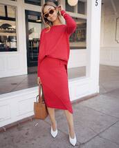 sweater,tumblr,red sweater,skirt,midi skirt,red skirt,all red,shoes,pumps,pointed toe pumps,bag,brown bag,sunglasses