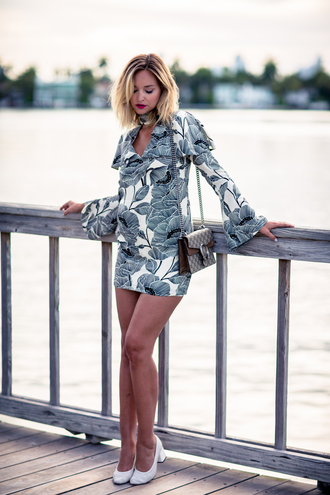 late afternoon blogger dress bag shoes jewels floral dress long sleeves gucci shoulder bag mini dress white shoes