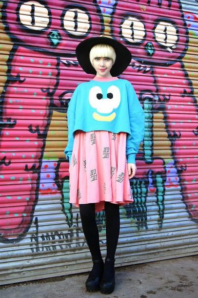stella's wardrobe blogger hat pink dress funny sweater