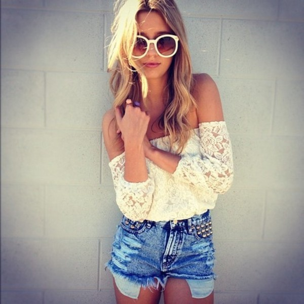 blouse floral sleeveless sunglasses shorts t-shirt t-shirt crop tops white shirt lace pretty offshoulder cream top  offshoulder lace summer top white flower shoulderfree top white lace top off the shoulder High waisted shorts studs ripped shorts blue shorts hippie white cute bohemian top boho chic boho white top bardot coachella festival top summer top lace top indie tumblr sleeveless shoulder tee black crochet top