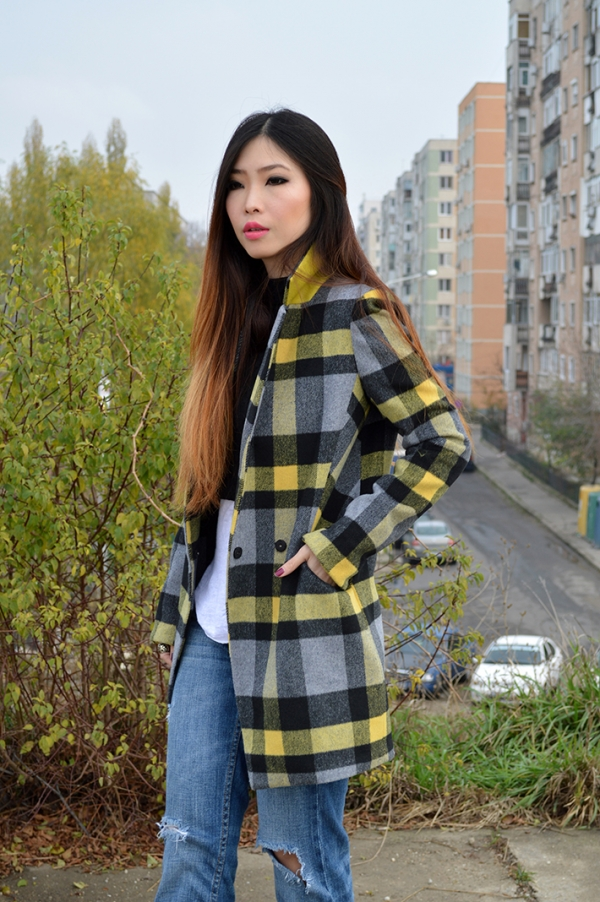 Man-inspired Plaid Coat - OASAP.com