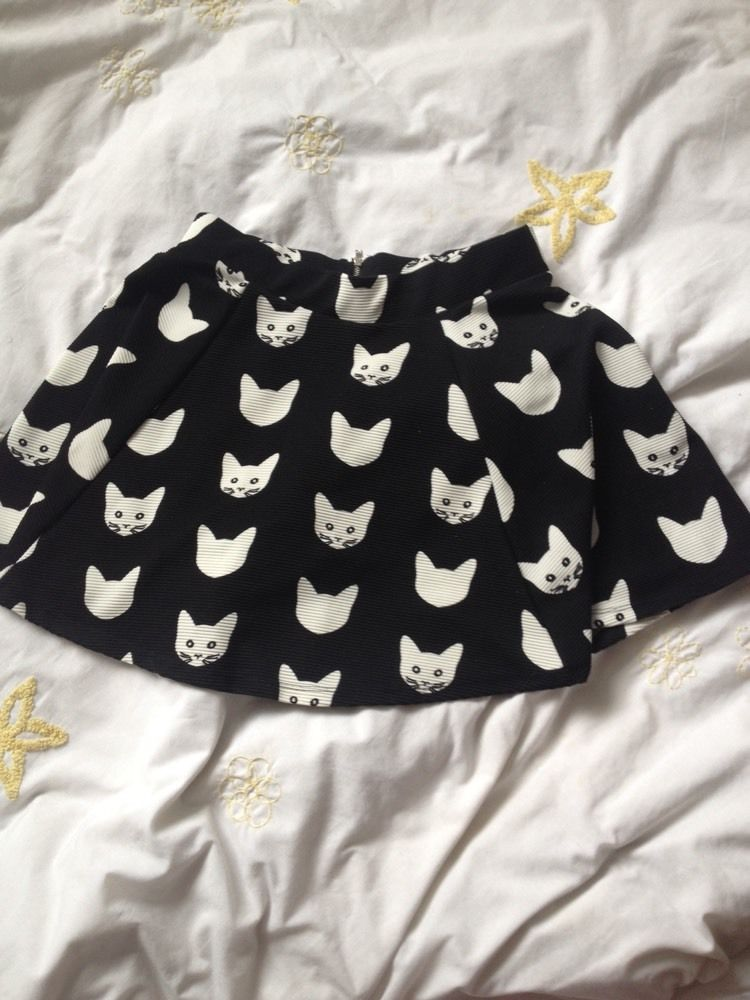 H&M Cat Skirt, Small