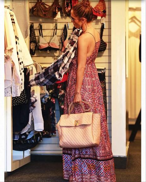bag pink bag jennifer lopez jenniferlopez maxibag quilted quiltedbag matelasse chainbag