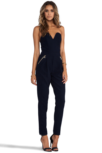 jumpsuit little black jumpsuit beautiful jumpsuit beautiful zipper v neck v neck jumpsuit sexy sexy jumpsuits wonderful pants combinaison black hot hot jumpsuit wantitsomuch swag fashion glamour heels lovely loveit slim slim dress slim suit black jumpsuit