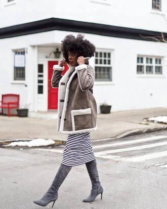jacket tumblr grey jacket skirt midi skirt boots suede suede boots grey boots shearling jacket shearling