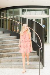 modern ensemble,blogger,dress,shoes,bag