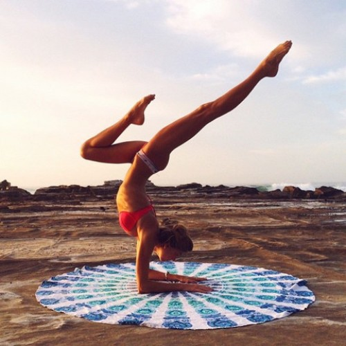 PEACOCK BLUES MANDALA ROUNDIE LARGE   Mandala Round Beach Throws, Beach  Babe Towel, Yoga Rug, Round Bed Tapestry, ...