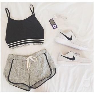shorts sportswear short spottshort dolphin grey grey sweatpants sweatpants top shoes