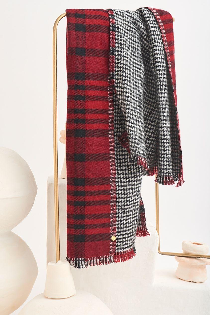 Sergio Checkered Scarf - Red - UNIQUE SIZE - Antik Batik - Antik Batik